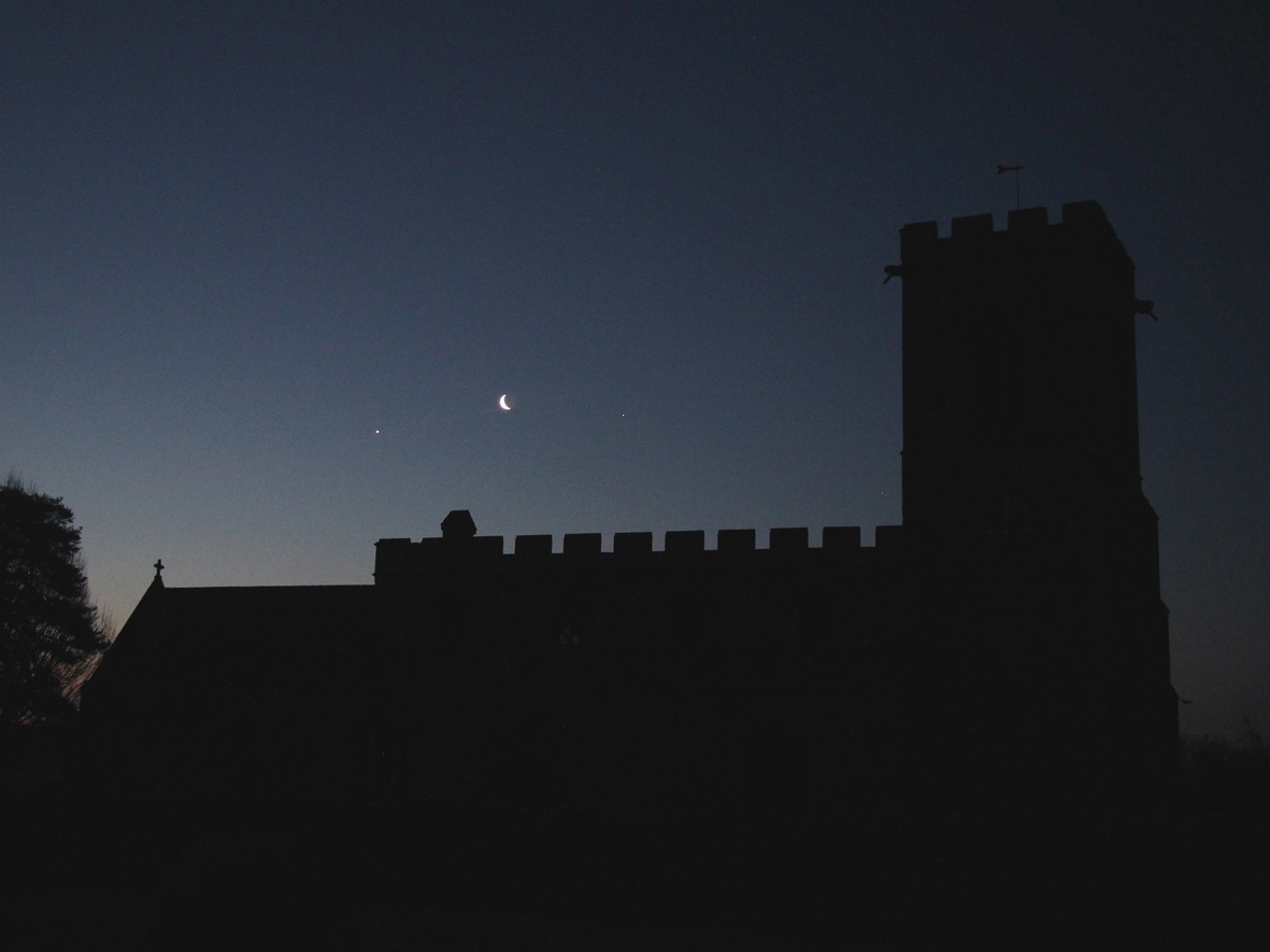 Venus, Jupiter and Crescent Moon Conjunction – Bedford