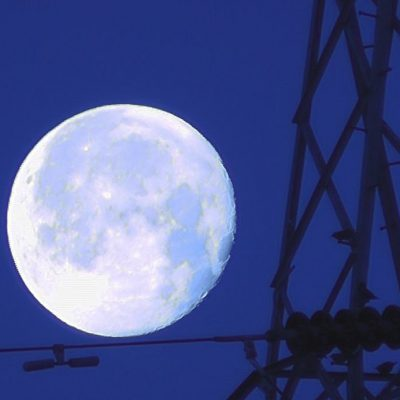 Setting Moon and pylon by Peter Truscott