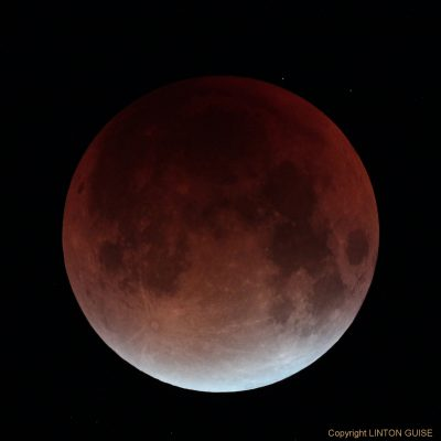 Supermoon and total lunar eclipse, 28th September 2015 by Linton Guise